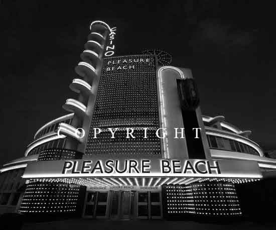 The White Tower - Blackpool, Ref: 8490 mono